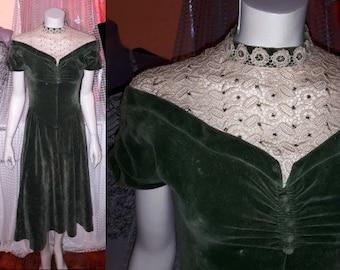 Vintage 1930s Dress Green Velvet Art Deco Dress Beige Lace Prong Set Rhinestones German Rockabilly Christmas S a few flaws