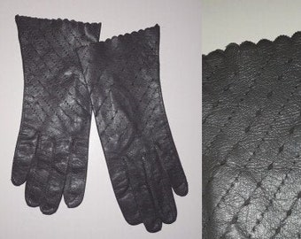 Vintage Leather Gloves 1950s 60s Thin Dark Gray Leather Gloves Perforated Design Ruffled Edges Elegant Rockabilly Fine Leather 7 1/4