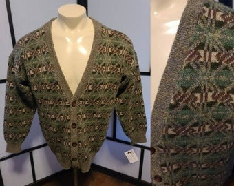 Men's Vintage Sweater 1960s Green Brown Abstract Pattern Scottish Wool Cardigan Sweater Wood Buttons Scotland Rockabilly Mod Boho L