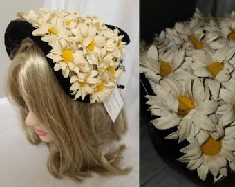 Vintage 1950s Hat White Yellow Daisy Half Hat Floral Bonnet Black Velvet Trim Bow Rockabilly