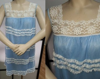 Vintage 1960s Babydoll Nightie Blue Nylon Negligee White Lace Ruffles Hairspray Pinup Mod L chest to 40 in.