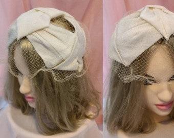 Vintage 1950s Hat Small Cream Ribbon Bow Half Hat Net Veil Rockabilly Wedding Bridal