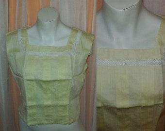 Vintage 1950s Blouse Light Yellow Cotton Crop Top Open Embroidered Trim Pleat Detail Summer German Rockabilly M L chest to 39 in.