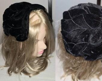 Vintage 1950s Hat Small Black Velvet Leaves Half Hat Clamp Hat Rockabilly Chic