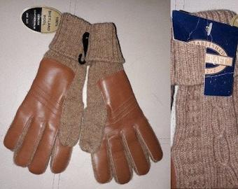 Unworn Men's Vintage Gloves 1970s 80s Tan Knit Shetland Wool Cognac Leather Palms NWT Boho M