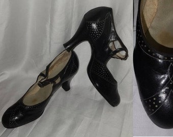 Vintage 1930s Shoes Black Leather Pumps Mary Janes Heels Unique Cutout Designs Art Deco Flapper 5 a few issues