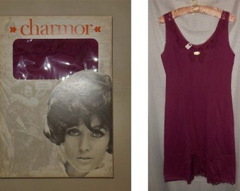 DEADSTOCK 1960s Slip Chamor Magenta Purple Nylon Lace German Pinup Rockabilly Mod Unterkleid NWT in Box M