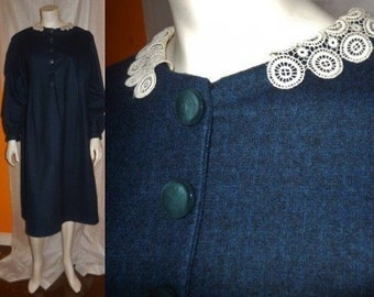 SALE Vintage 1950s 60s Dress Dark Blue Gray Wool Crocheted Lace Collar Winter Dress Rockabilly XL chest to 45 in