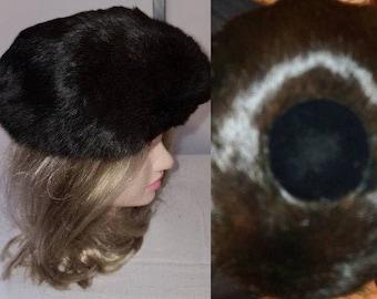 Vintage Fur Hat 1950s Dark Espresso Brown Fur Saucer Hat Huge Round Black Velvet Button on Top Sonni California Chic Rockabilly 20.5 in.