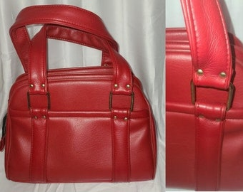 SALE Vintage Purse Large 1960s Bright Red Vinyl Handbag Zipper Pockets Very Roomy Mod