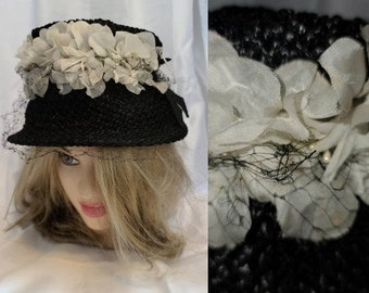 Vintage Floral Hat 1950s Black Straw Bucket Hat White Silk Fabric Flowers Bows Rockabilly 21.5,in.