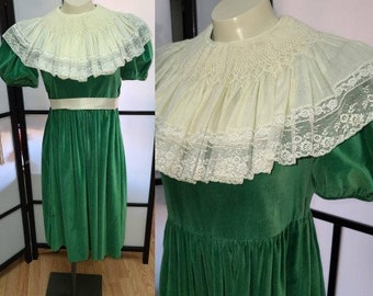 Vintage Velvet Dress Unique 1950s Green Velvet Back Button Dress Large Antique Embroidered Lace Shawl Collar Art Deco Rockabilly S