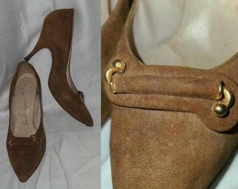 Vintage 1950s Pumps Brown Suede Stiletto High Heel Shoes Gold Ornaments USA Rockabilly 7 1/2 B