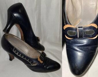 Vintage 1930s Shoes Navy Blue Leather Pumps Decorative Cutouts Bows High Heels Art Deco S
