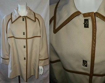 Vintage Mod Jacket 1960s Mod Youthcraft Beige Swing Jacket Short Coat Metal Twist Closures All Weather Traveler L chest 41 in.