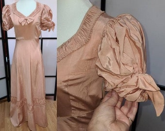 Vintage 1930s 40s Gown Long Pink Moire Taffeta Dress Puffed Sleeves Bows Ruffles Colonial Style Art Deco Rockabilly XS chest 34 in.