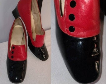 Vintage 1960s Shoes Red Black Chunky Heel Pumps Button Detail Naturalizer Mod 8