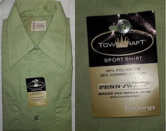 DEADSTOCK Vintage Men's Shirt 1960s Light Green Penneys Towncraft Casual Shirt Cotton Poly Blend LS Button Down Unworn NIP Lg 16 16.5
