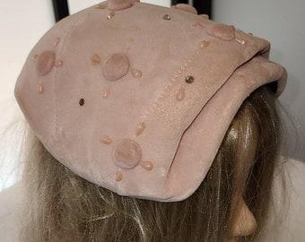 Vintage Half Hat 1950s Light Pink Velvet Cocktail Hat Button Detail Beads Rhinestones Mid Century Pinup Rockabilly dark glue mark