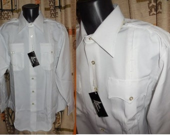 DEADSTOCK Vintage Men's Police Shirt 1970s White USA Police Shirt Long Sleeves Conqueror NWT Unworn L chest to 48 in. Neck 17 in.