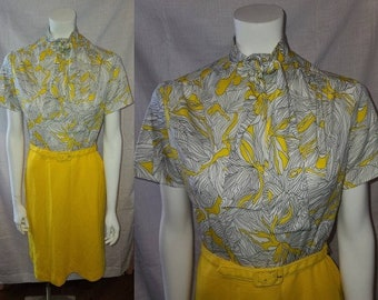 Vintage 1960s Dress Bright Yellow White Floral Print Neck Tie Neck Bow Dress Belt Mod Go Go XS S chest 34 in.