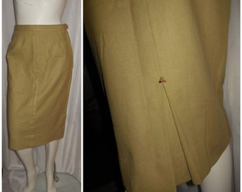 Vintage 1950s Skirt Tan Wool Slim Pencil Skirt Unique Arrow Stitch Pleat Detail Rockabilly Pinup S waist to 25.5 inches