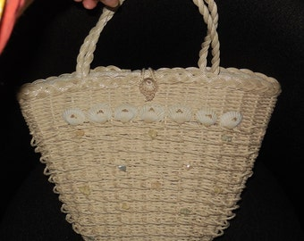 SALE Vintage 1950s Purse White Wicker Straw Handbag Seashells Shells Made in Japan Fabric Lined Rockabilly USA