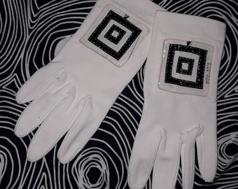 Vintage Mod Gloves 1960s Clear Black Vinyl Square White Nylon Stretch Gloves Ultra Mod Space Age 6 6 1/2