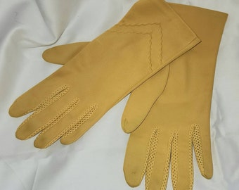 Vintage Gloves 1950s 60s Longer Bright Yellow Nylon Gloves Net Finger Detail Rockabilly Mod Glamour 7 7.5