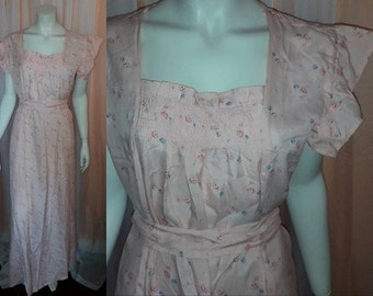 Vintage Rayon Nightgown  1940s 50s Pink Floral Print Long Nightgown Flutter Sleeves Ruching German Deco  Rockabilly L XL