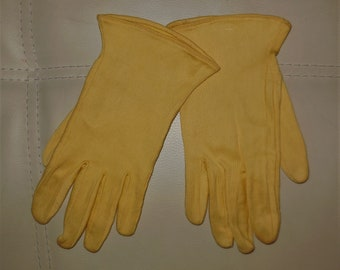 SALE Vintage 1950s Gloves Yellow Ribbed Cotton Blend French Day Gloves Paris Rockabilly 7