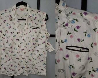 Vintage 1950s Blouse White Cotton Pink Blue Purple Floral Print Ship n Shore Top Chest Pocket Rockabilly Pinup L