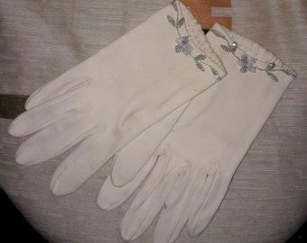Vintage Christian Dior Gloves 1960s White Wrist Length Beaded Gloves Floral Design Sea Island Mid Century Designer High Fashion S