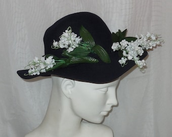 SALE Vintage 1950s Hat Large Round Navy Blue Felt Hat White Flowers Rockabilly Garden Party 21 inches 53.5 cm