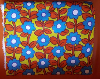 Vintage Fabric + Sewing