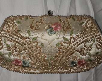 Vintage Satin Beaded Purse 1940s 50s Cream Satin Clutch Faux Pearls Embroidered Flowers Rockabilly Wedding Bridal