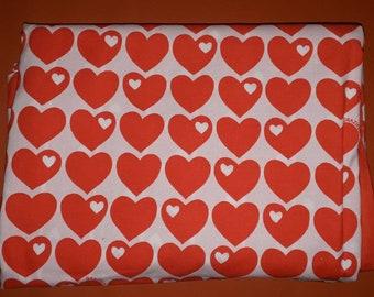 Vintage Graziela 1970s 80s Red Heart Pattern Duvet Cover Bettbezug 120 x 190 Cotton Blend Rote Herzen ein paar kleine Mackel