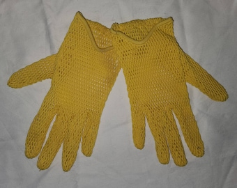 Vintage Net Gloves 1960s Fownes Bright Yellow Nylon Net Driving Gloves Elastic Wrist Mod One Size
