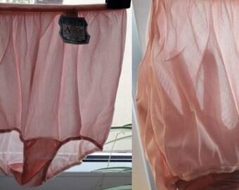 DEADSTOCK Vintage 1950s Panties Sheer Pink Full Cut Acetate Granny Panties High Waist Briefs Unworn NOS NWT Rockabilly Pinup sz 6 M