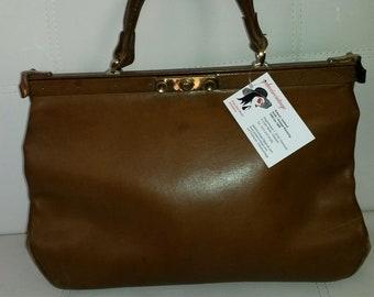 SALE Vintage Leather Bag Large 1960s 70s Brown Leather Purse Doctor Bag Handtasche High Quality Leather Large Leather Bag Boho