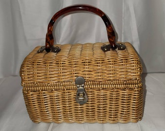 Vintage Box Purse 1950s 60s Small Woven Natural Wicker Purse Tortoiseshell Lucite Handle Rockabilly