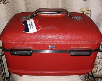 Vintage Train Case 1950s 60s Bright Red American Tourister Makeup Travel Case Vintage Luggage USA Rockabilly Reisekoffer Kosmetikkoffer