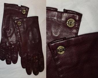 Vintage Designer Gloves 1970s 80s Maroon Oxblood Leather Etienne Aigner Italy Metal A Logos Boho 6 1/2