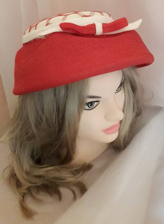 Vintage 1940s 50s Hat Red White Straw Hat Open Me… - image 6