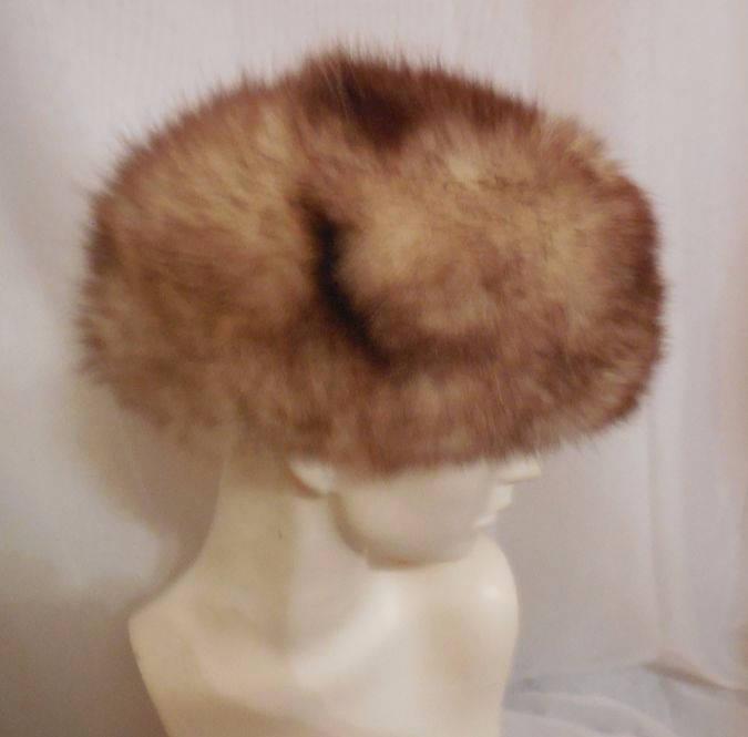 136aa1ddd46 SALE Vintage Fur Hat 1960s 70s Fluffy Possum Fur Hat Bubble Hat Pouf ...