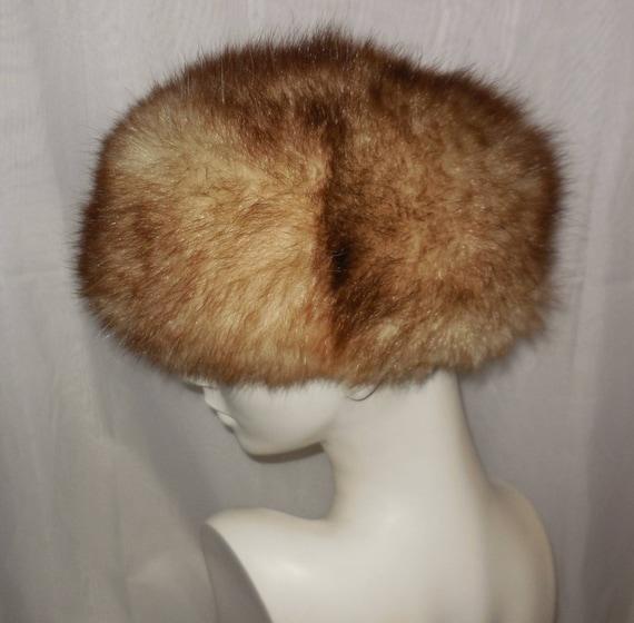 Vintage Fur Hat 1960s 70s Fluffy Possum Fur Hat Bubble Hat  40432d2a335