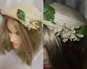 Vintage 1950s Hat Small Round White Straw Half Hat Small Fabric Flowers Rhinestones Rockabilly Wedding Bridal 23 in.