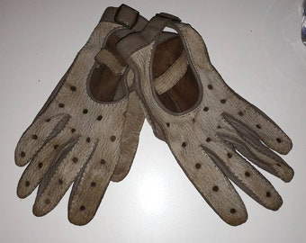 Vintage Leather Gloves 1960s Two Tone Gray Beige Soft Leather Driving Gloves Perforated Snaps Unisex German Rockabilly Mod Women's L