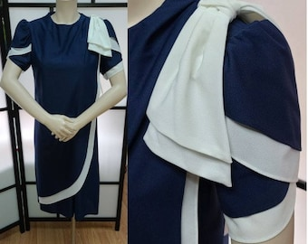 SALE Vintage 1980s Dress Navy Blue White Thin Polyester Ruffled Shift Dress Large Bow Just Ducky Nautical Yuppie M chest hips 38 in.