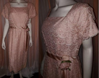 Vintage 1950s Dress Pink Tiered Lace Party Wiggle Dress Satin Rose Trim USA Rockabilly M chest to 39 in.